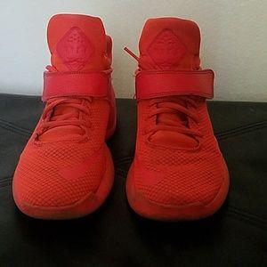 744ec5c27f Shoes - Women s Nike basketball shoes